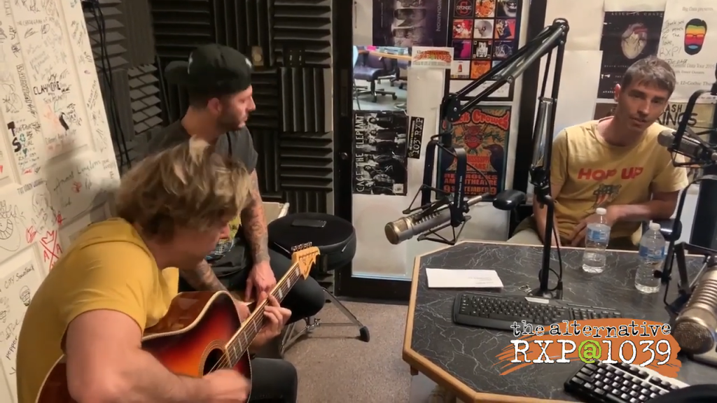 New Politics Comeback Kid Live In The Rxp Studio 0 35 Screenshot