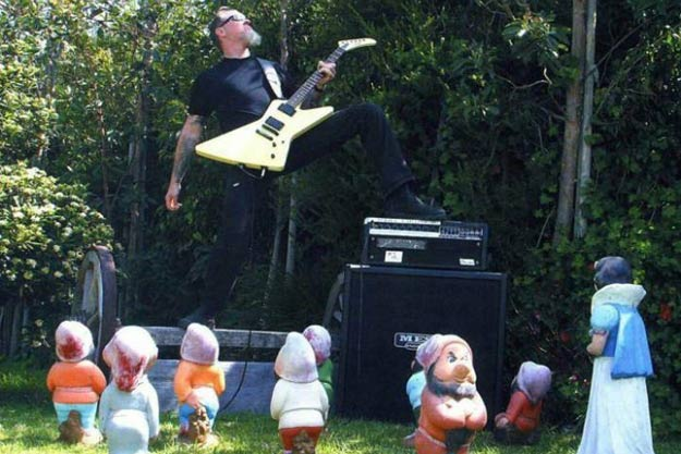 James Hetfield Rocks The SH!T Out Of Snow White And The 7 ...