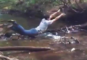 3254-The-Best-Tarzan-Fail-Ever