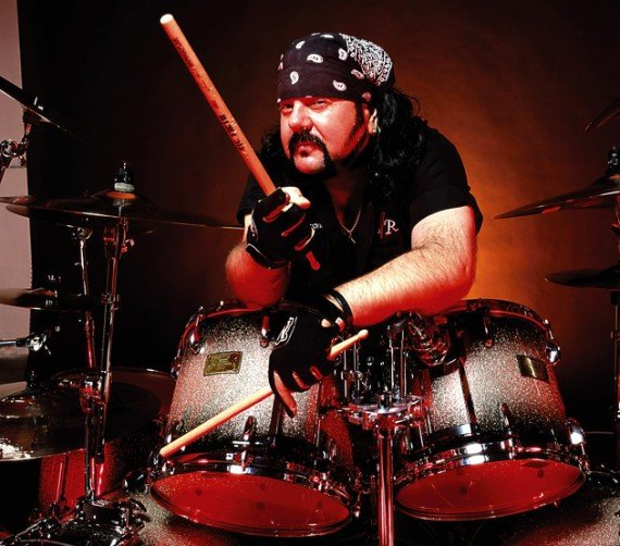 pantera-vinnie-paul-570x502
