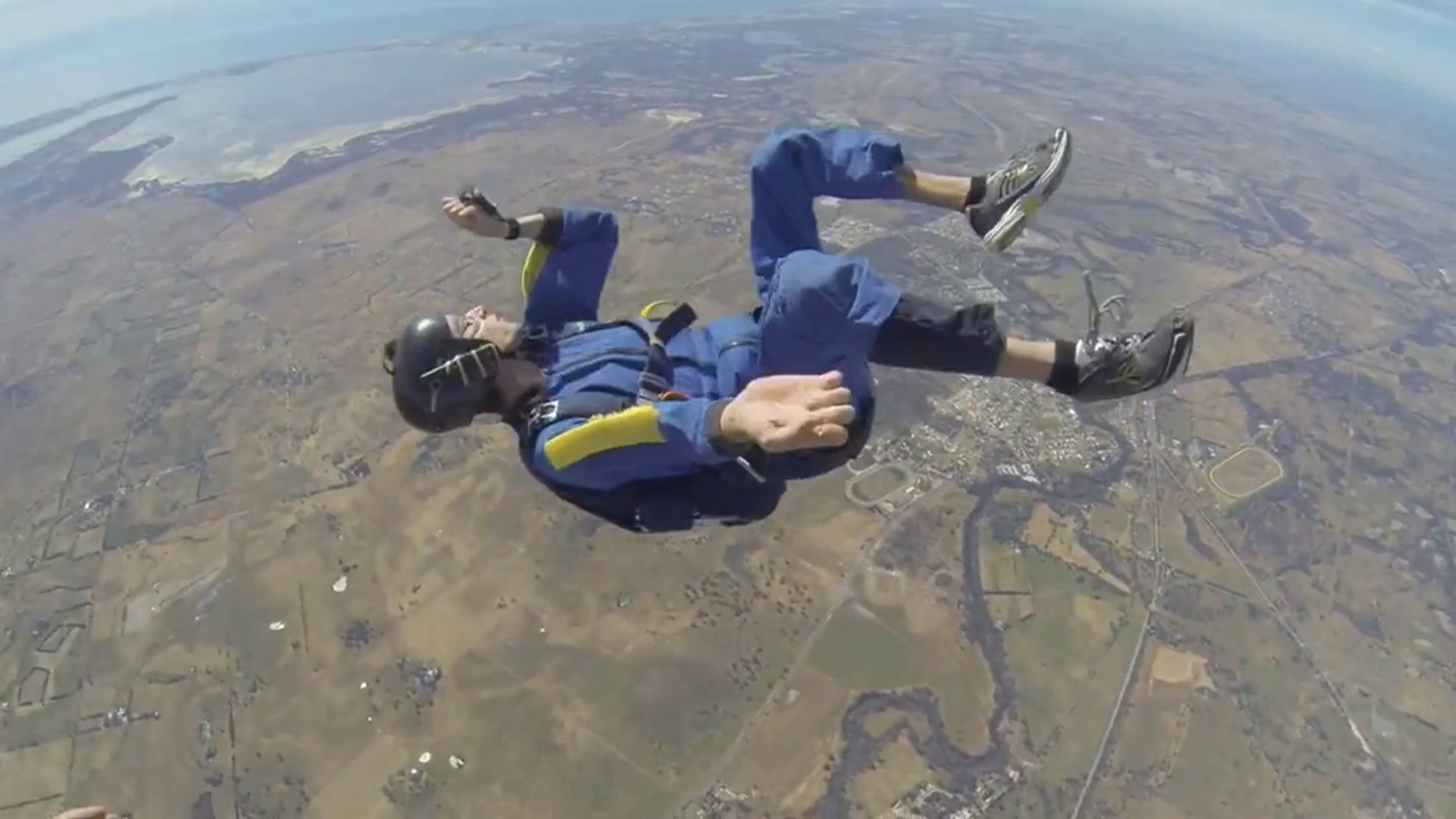 f_skydiving_seizure_150301