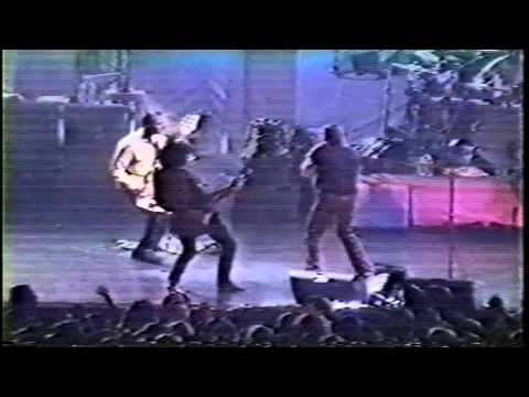 #FlashbackFriday Steven Tyler & Joe Perry Perform Sweet Emotion with Stone Temple Pilots