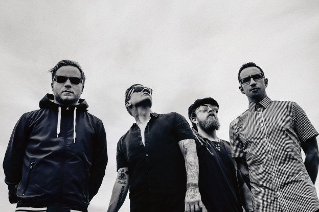 Shinedown's Brent Smith Checks in During KILO's Rock Lunch