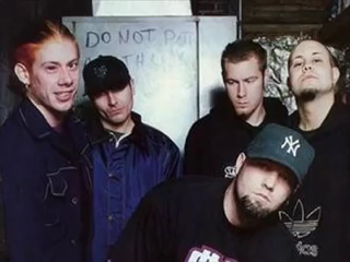 That call from Fred Durst (Limp Bizkit) for Taproot. (NSFW)