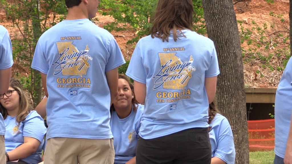 The Future Farmers of America helped clean up Macon-Bibb Thursday.