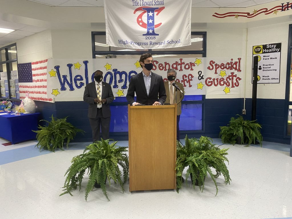 Senator Ossoff makes an announcement at Heritage Elementary School about the American Rescue Plan.