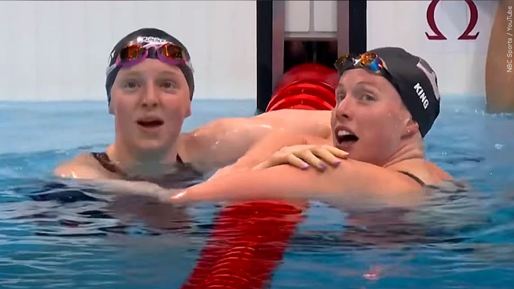 Lydia Jacoby Left Lilly King