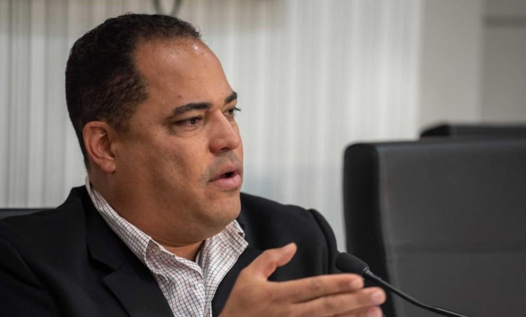 Carmelo Rios Senado 1