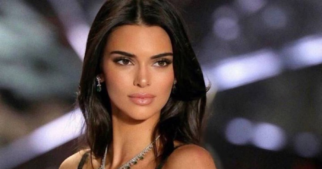 Mira La Mascarilla Casera Que Se Hace Kendall Jenner Para Disminuir El Acné