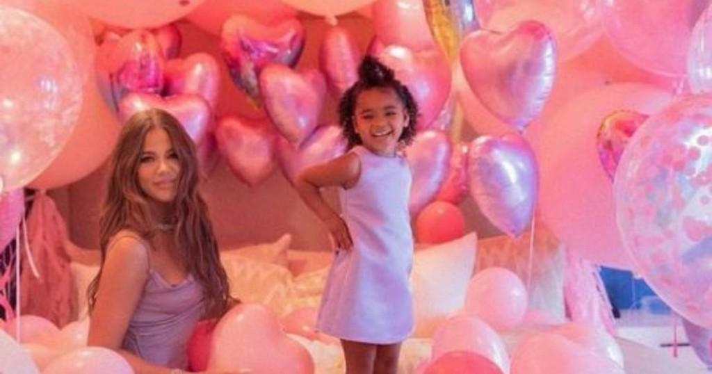 True Thompson Cumplio 3 Anos Y Asi Se Los Celebro Khloe Kardashian