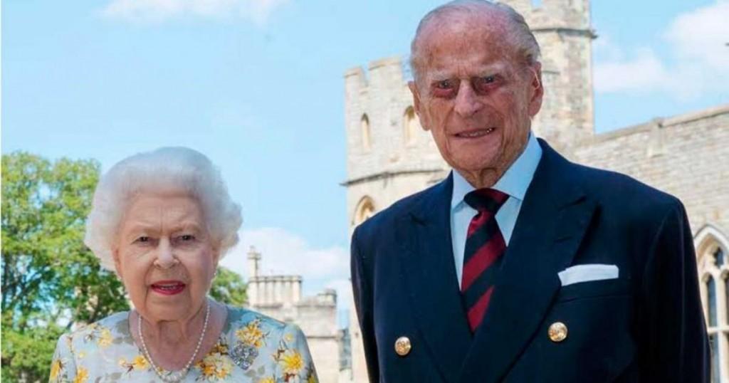 Como Pocas Veces La Reina Isabel Se Mostro Fragil Ante El Mundo Y Lloro En El Funeral De Su Esposo