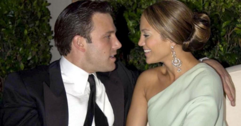 Jennifer Lopez Y Ben Affleck Confirmaron Su Relacion Con Un Apasionado Beso