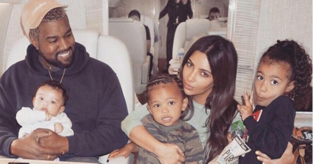 Kim Kardashian Y Kanye West Se Han Dejado Ver Como Una Familia