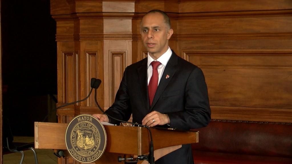 Mayor Elorza Bans Gatherings Of More Than 10