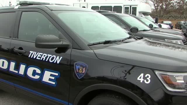 Tiverton Police Donating Quarts Of Soup To Elder Residents Under Self Quarantine