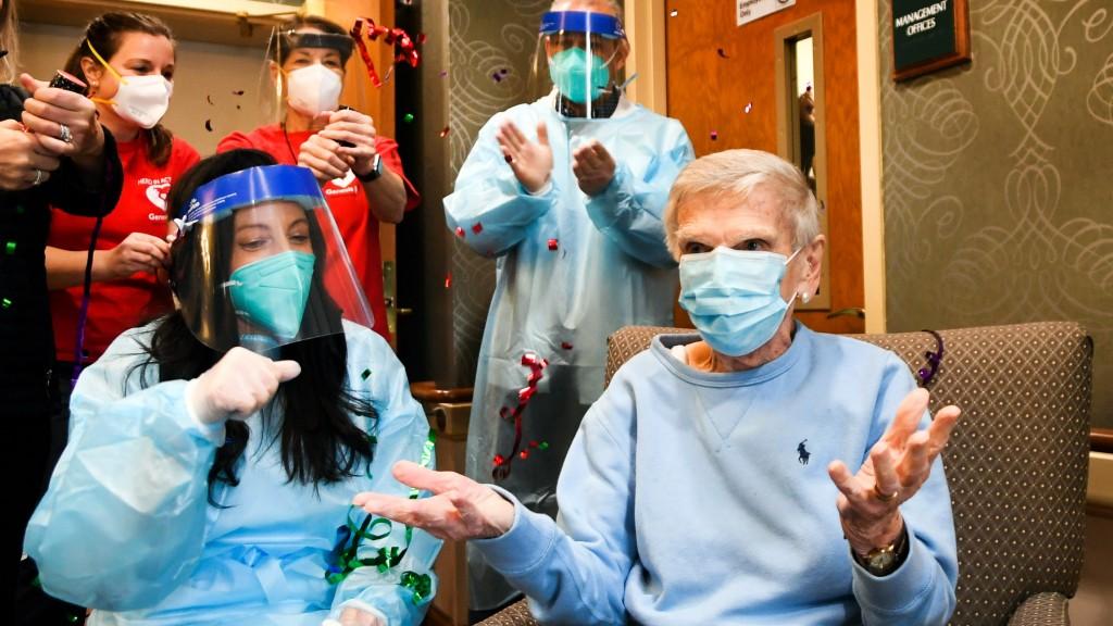 Cvs Health Begins Administering Covid 19 Vaccines Ltc Facilities 2 16x9