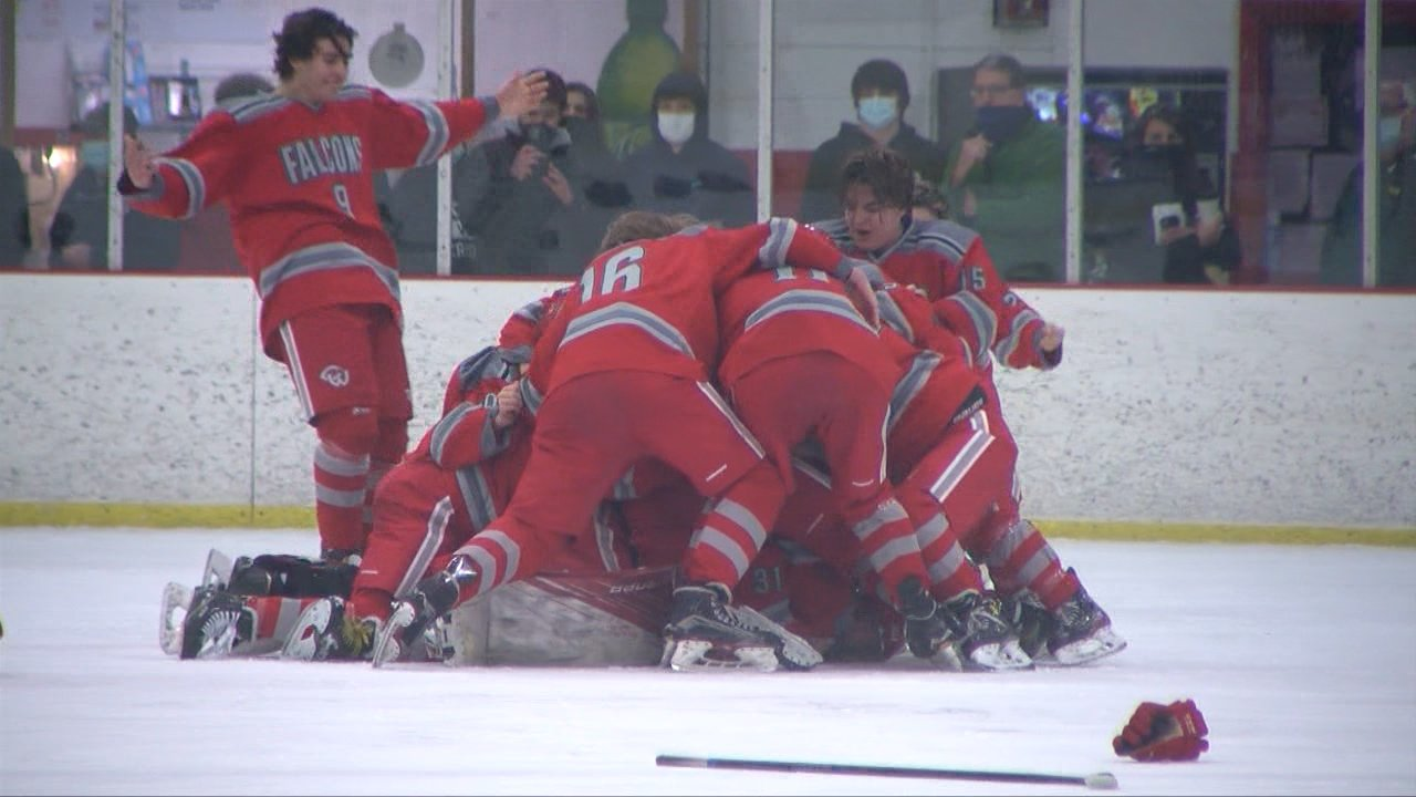 Cranston West Completes Sweep of NK, Takes Home Division II Boys Hockey Title | ABC6