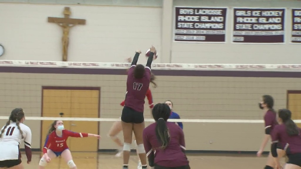 La Salle Sweeps Mount St. Charles In Division I Girls Volleyball Wednesday