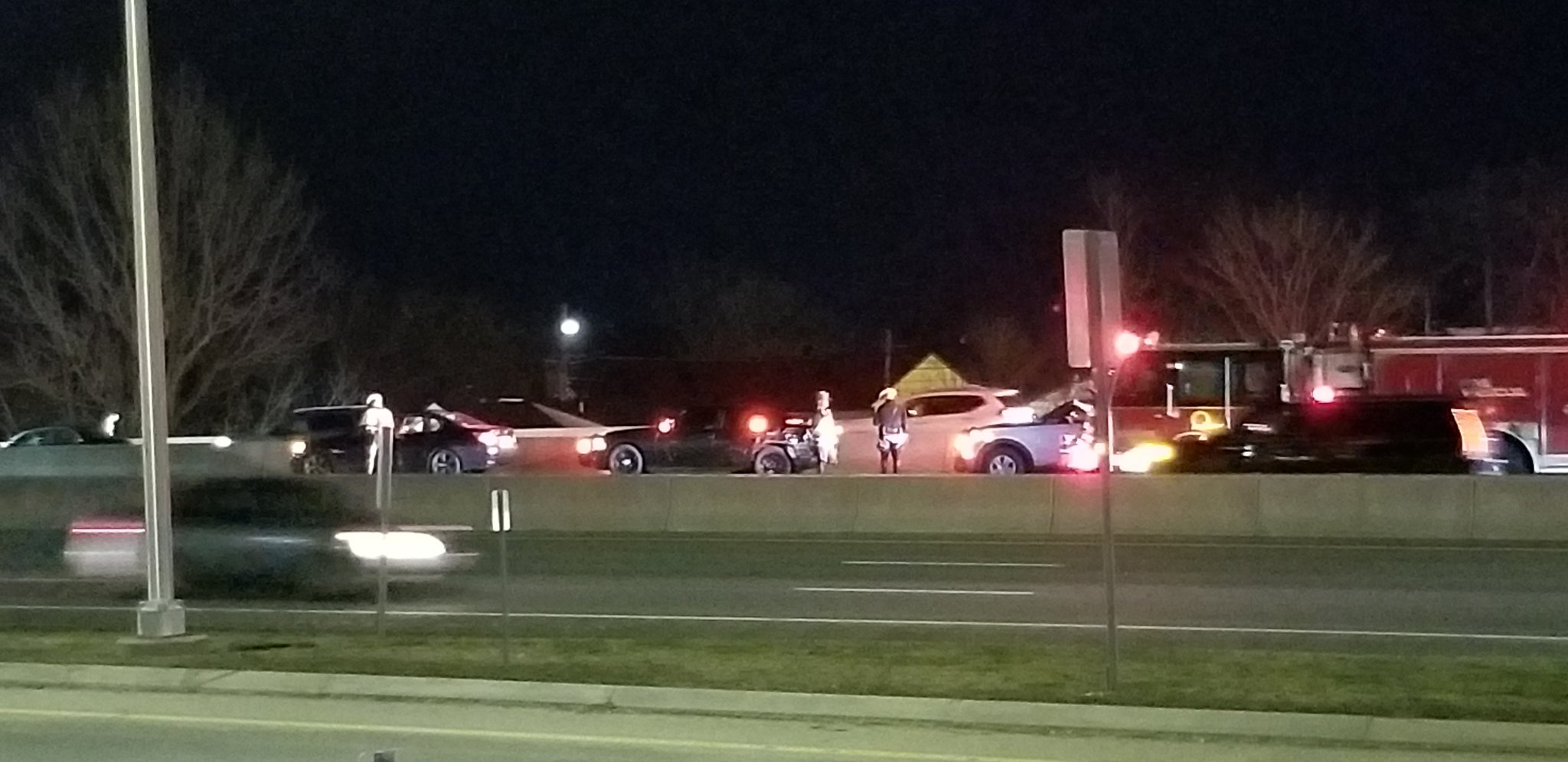 Rhode Island State Police cruiser struck on I-95 | ABC6