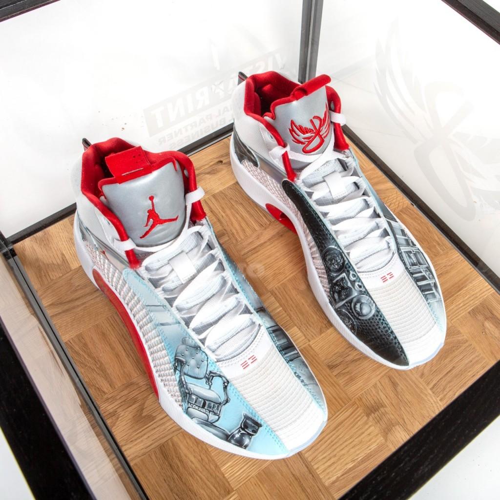 Kemba Sneakers