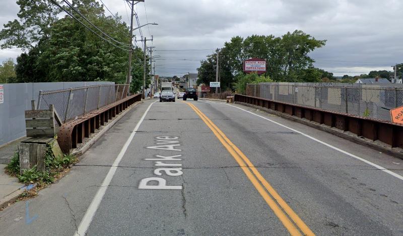 Park Ave Railroad Bridge Hdr 02