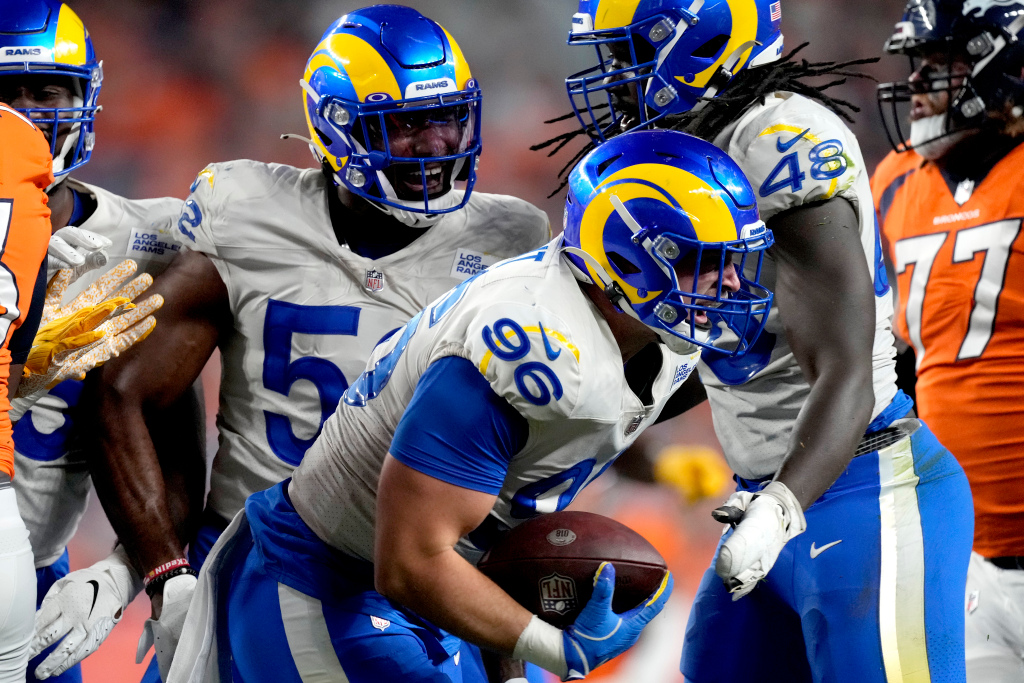 Rams Broncos Football