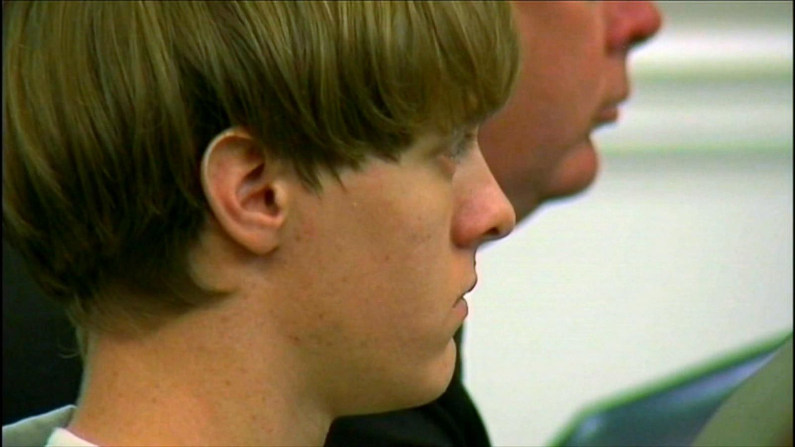 Dylann Roof S Lawyers Want Back On Death Penalty Case