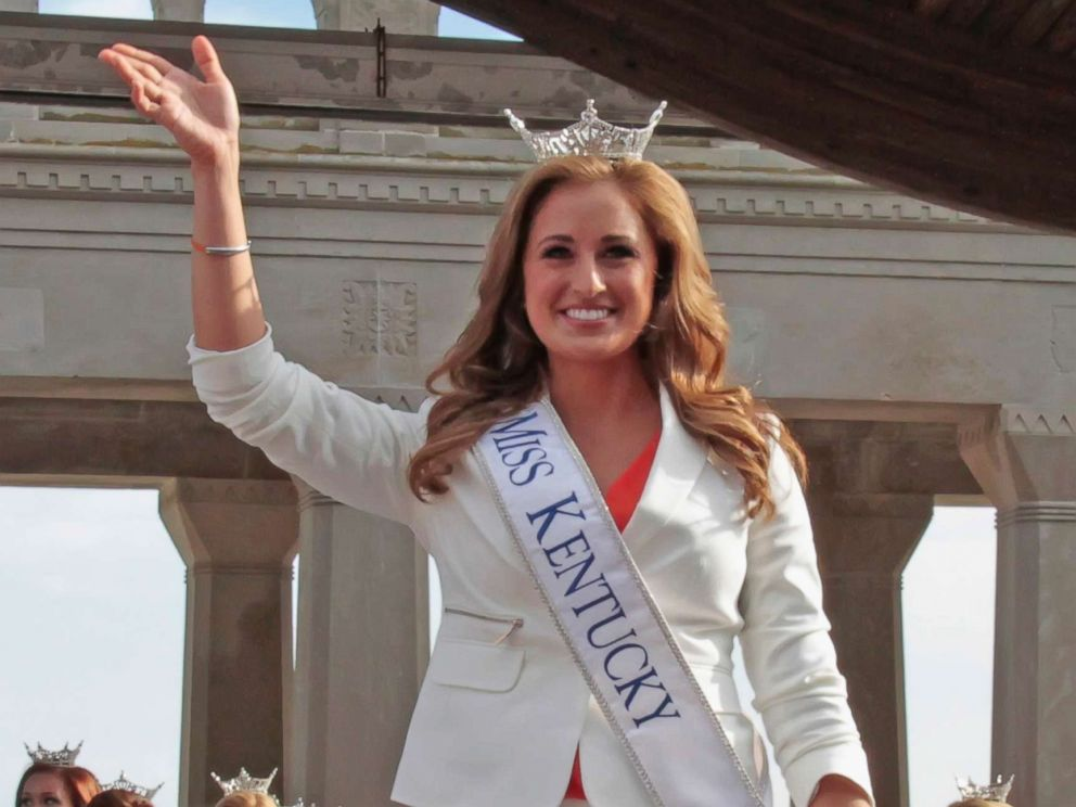 Former Miss Kentucky admits she sent topless photos to