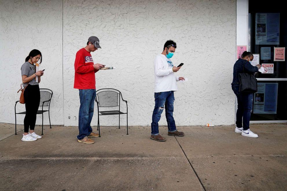 Unemployment Line File Rt Jef 200507 Hpembed 2 3x2 992