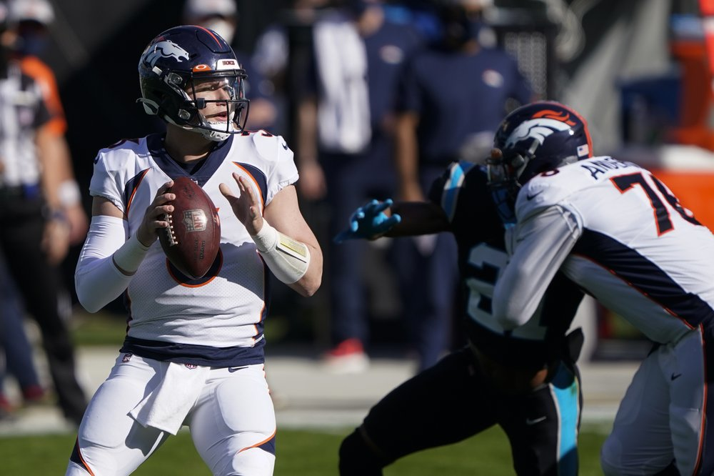 Panthers Fall To Broncos