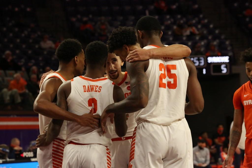 Clemson Mens Basketball Beats Syracuse