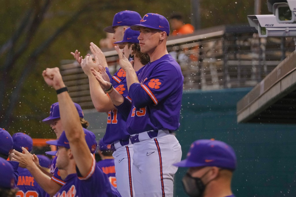 Clemson Baseball Loses To Virginia