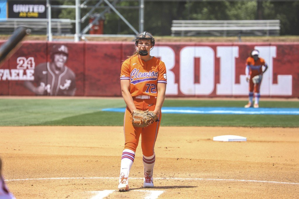 Valerie Cagle Iso Clemson Softball Beats Duke In First Round