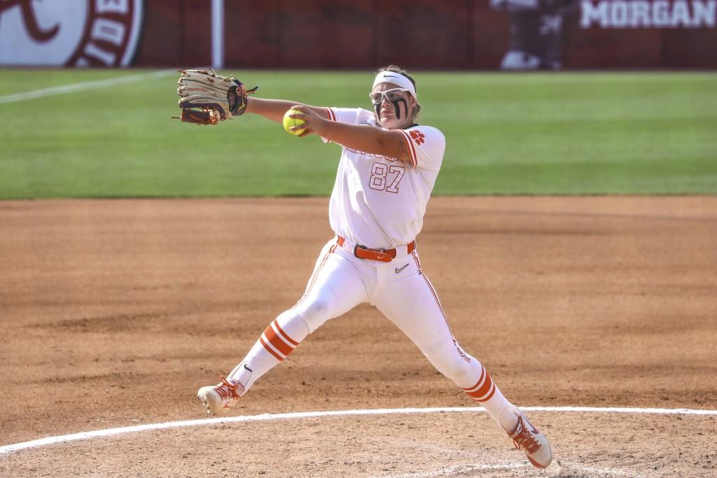 Clemson Softball Beats Troy