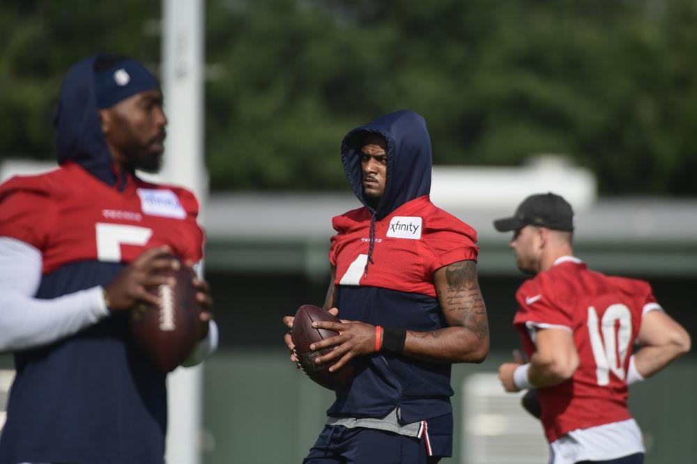 Deshaun Watson Returns To Texans Practice