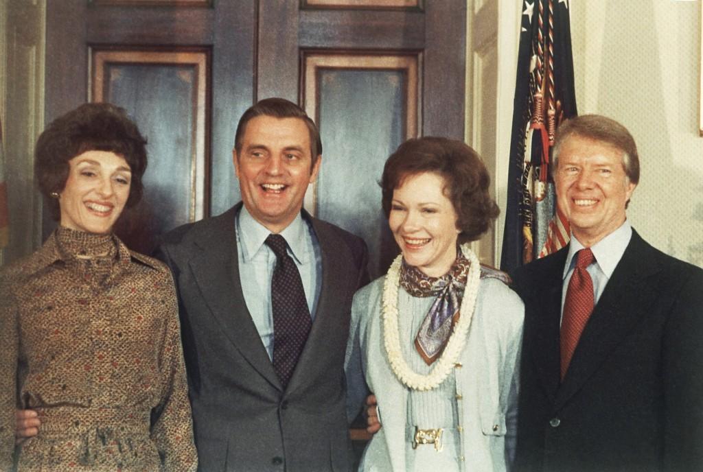 Jimmy Carter, Rosalynn Carter, Walter Mondale, Joan Mondale