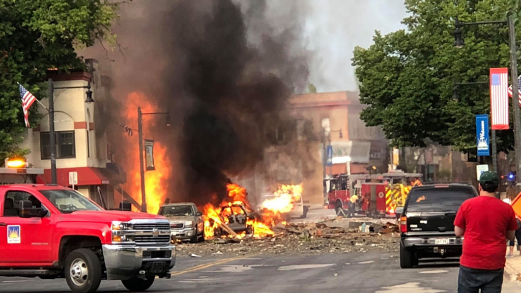 Walker declares state of emergency after deadly explosion in downtown Sun Prairie