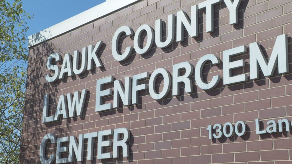 Sauk County reports increase in pocket dial 911 calls from amusement parks