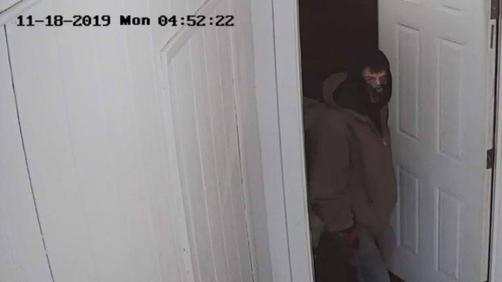 Marquette County deputies ask public for help in finding suspected burglar caught on camera