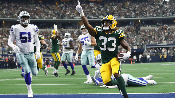 Jones scores 2 touchdowns in Packers win over Chiefs