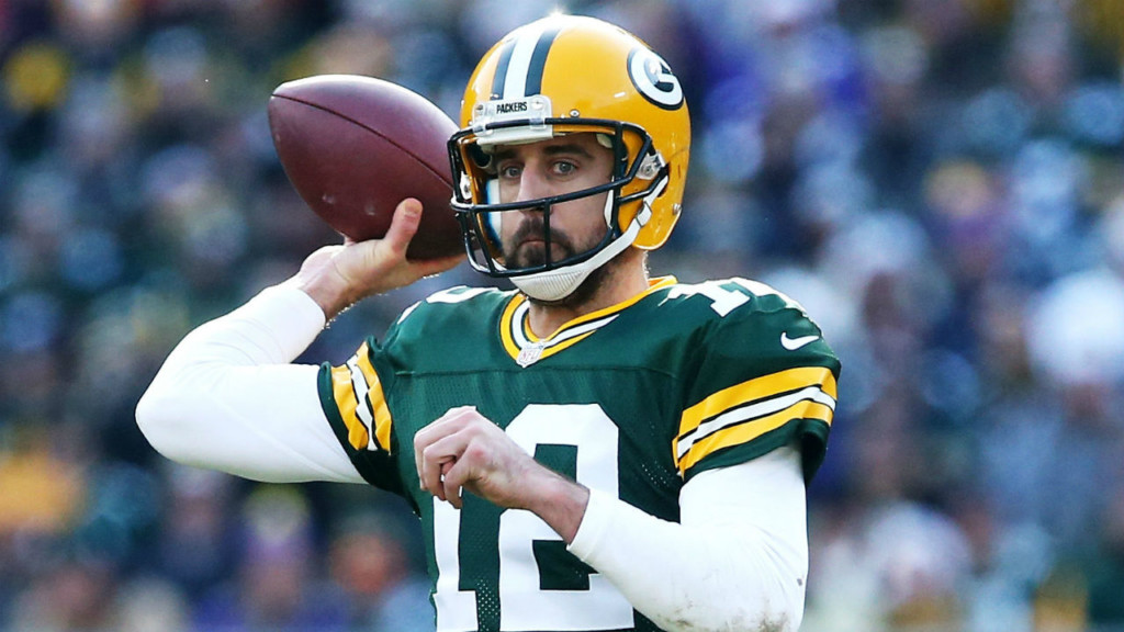 Aaron Rodgers named NFC Offensive Player of the Week