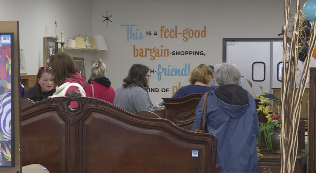 Agrace opens new thrift store