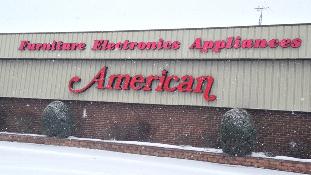 American closing, nearly 1,000 employees affected
