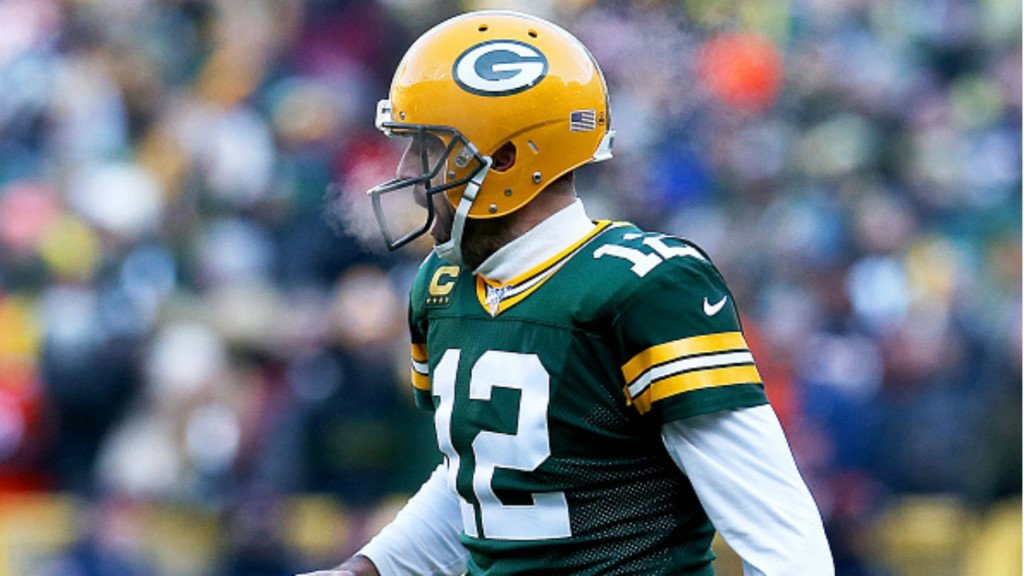 Packers scrape past Bears, 21-13, in 200th matchup