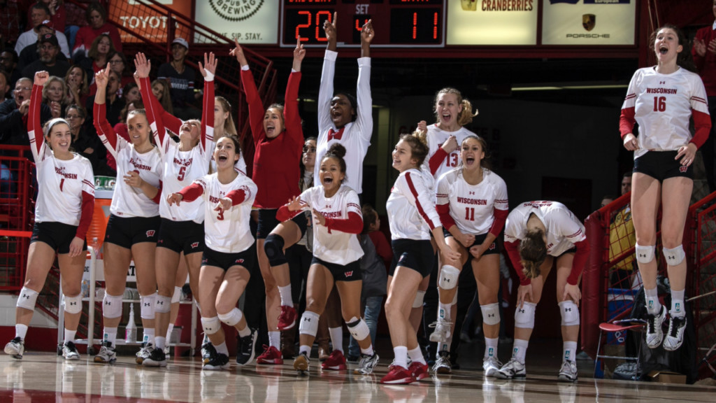 Wisconsin Volleyball advances to Final Four