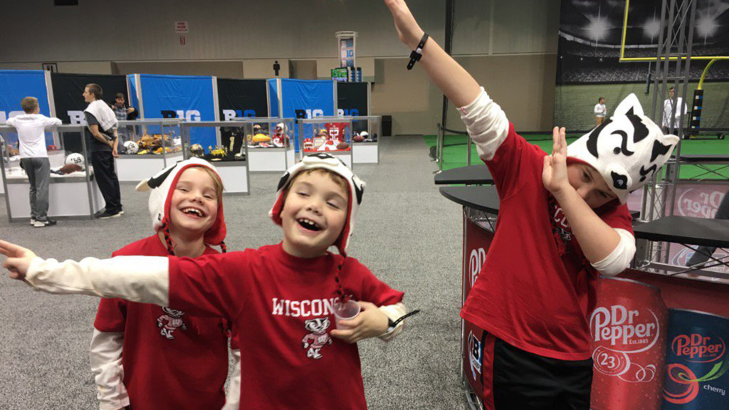 Badger fans invade Indy ahead of Big 10 Championship
