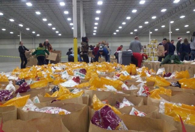 """Janesville comes together to fill """"Bags of Hope"""""""