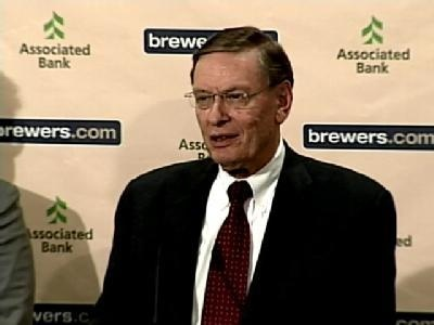 Brewers to honor Selig with interactive exhibit