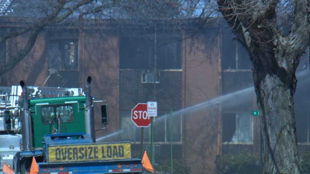 Beaver Dam residents react to 17-unit apartment building fire