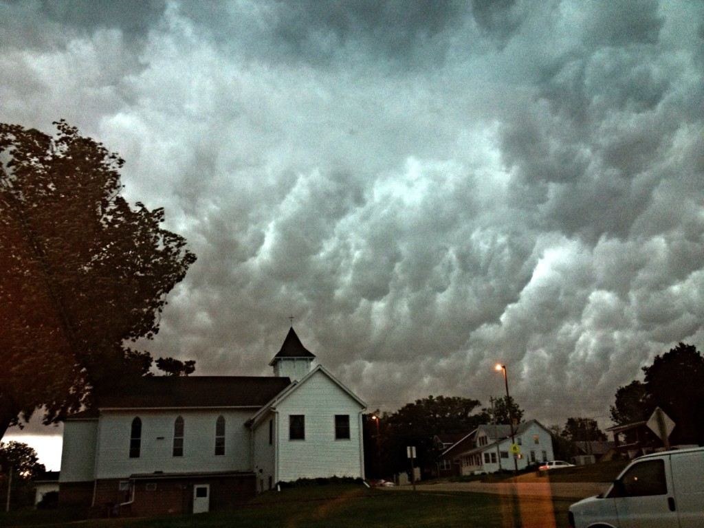 Severe thunderstorms storm through southern Wisconsin